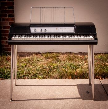 Wurlitzer 200A Electric Piano